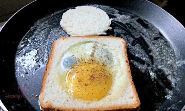 Egg in a Basket2